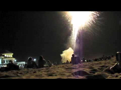 Mini Beach Vacation Vlog (fireworks & bloopers!)