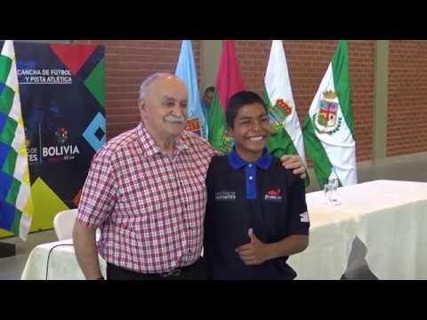 Xabier Azkargorta Brinda Una Charla Motivacional A Los Tunkas C En El Cefed De Cochabamba