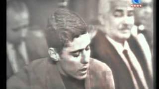 """Chico Buarque - """"Quem te viu, quem te vê"""" (TV Record 1966)"""