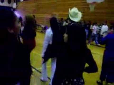 J C Harmon High School dance 5 de mayo part 2