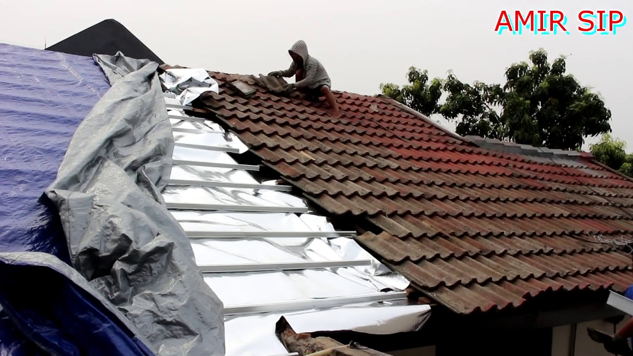 Aluminium Foil Pada Baja Ringan Bongkar Atap Genteng Cepat Praktis Cu2t Youtube