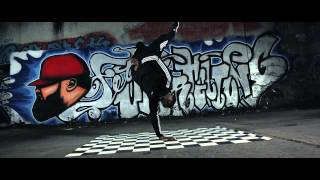 Repeat youtube video Ali Bumaye feat. Shindy - Bitch