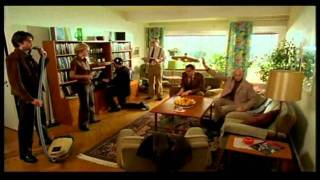 Music_for_one_apartment_and_six_drummers.avi