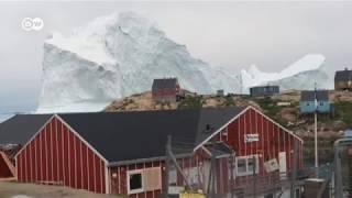 Iceberg se desprende en Groenlandia