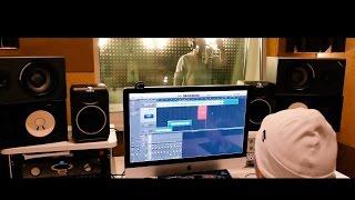 Slim - Backstage со студии (запись куплета)