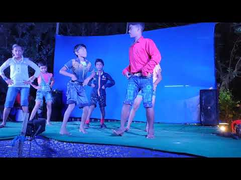 Hii Gori tora lachki Chali || Group Dance by little champ || funny video