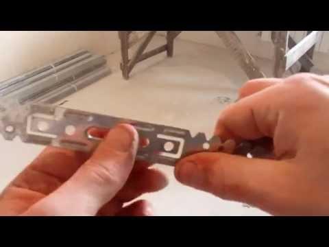 видео: Монтаж одноуровневого  потолка из гипсокартона , часть1