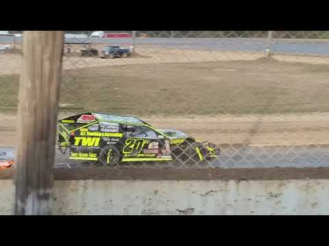 Aj Ward Racing #20w @ Crystal Motor Speedway 9/17/17 Great lakes nationals Feature event..