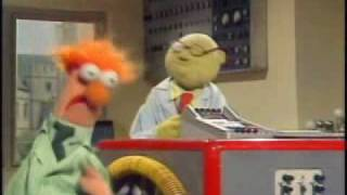 Muppet Show - Muppet Labs - Beaker Gets Multiplied