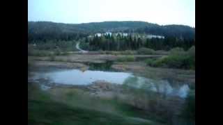 Уральские горы и Миньярский пруд, вид из окна поезда №60 Кисловодск - Новокузнецк