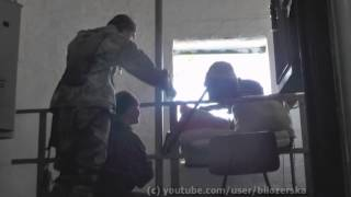 """Бойцы ДУК """"Правый сектор"""" прикрывают своих из АГС  и дразнят вражеского снайпера"""