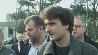 Freed journalist arrives back in France