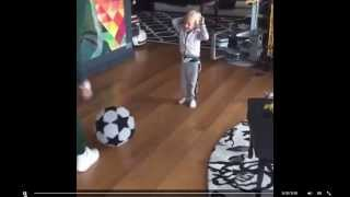 Neymar Jr son ネイマール 息子 Football Soccer Practice サッカー ブルーナマルケジーニ 検索動画 16