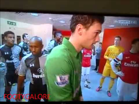 Sagna Ignores Adebayor  Prematch In The Tunnel