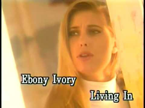 Ebony And Ivory - Video Karaoke (Star)