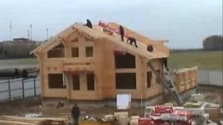 Строительство деревянного дома из клееного бруса(Дом из клееного бруса сохраняет тепло в 9 раз лучше, чем кирпичный, и, несмотря на использование специальног..., 2011-07-31T19:20:37.000Z)