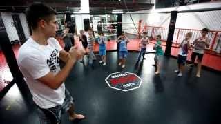 Тренировки по кикбоксингу для детей!(megagym.com., 2013-11-19T12:49:38.000Z)
