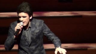 Phir Milenge Chalte Chalte (Medley) live - Avish Sharma @ Miss India NZ 2013