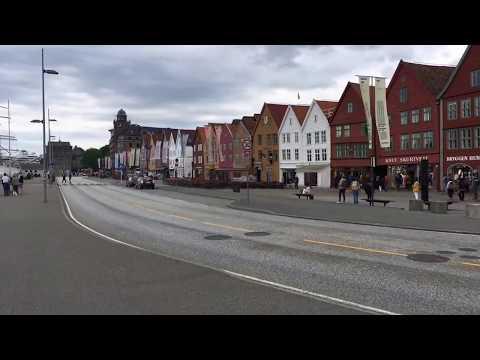 Bergen Norway: Walk from Torgallmenningen to Bryggen