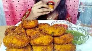 ASMR Eating Chirer Cutlet & Green Chilli Sauce +Tomato Sauce (CRUNCHY EATING SOUNDS) TM Crazy Eaters
