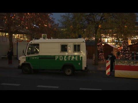 Berlim torna mercados em fortalezas de Natal