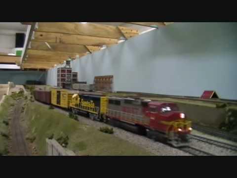 HO Trains: California Southern Model Railroad club - YouTube