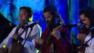 gael garcia bernal y los vega premios fnix 2014