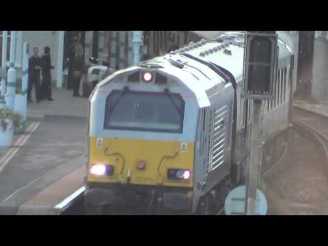 Hove to London Victoria class 67 rear Diesel Unit departing Hove Station, 14th November 2014