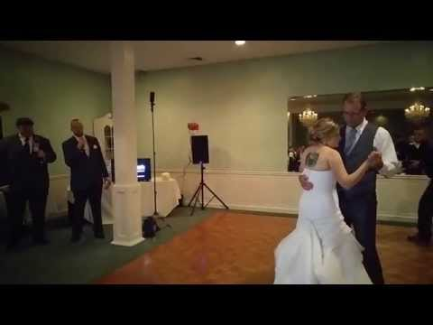 Groom sings father daughter dance to  Dustin Lynch's Your Daddy's Boots