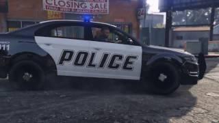 グラチャン仕様のウォーレナー(ハコスカ)で警察署内を暴走