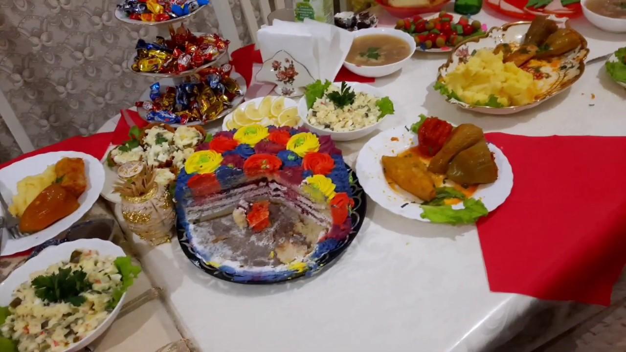 Мой день рождения/накрыла стол/хвастаю подарками