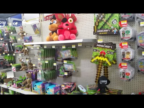 Five Nights At Freddys : In a store