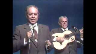 DUETO DE ANTAÑO - LA ENREDADERA (EN VIVO 1981) Musica Colombiana