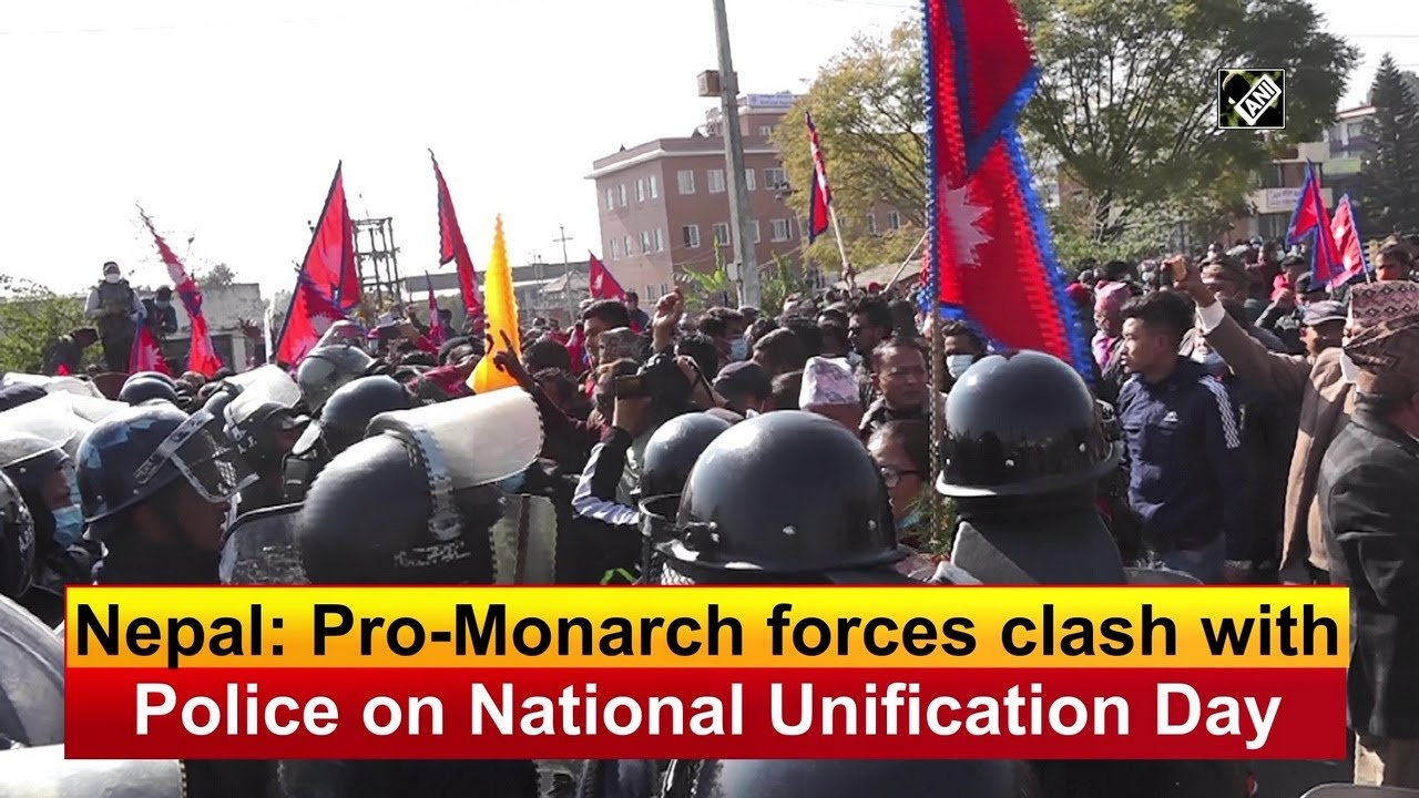 English #Police Video Tweets – Nepal: Pro-Monarch forces clash with Police on National Unification Day   #Nepal…