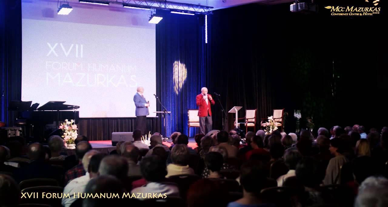 XVII Forum Humanum Mazurkas-Benefis M.Majewskiego-otwarcie wieczoru przez prezesów Grupy Mazurkas