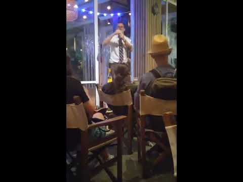 Gavin McInnes in Tel Aviv, wishing to be Nazi