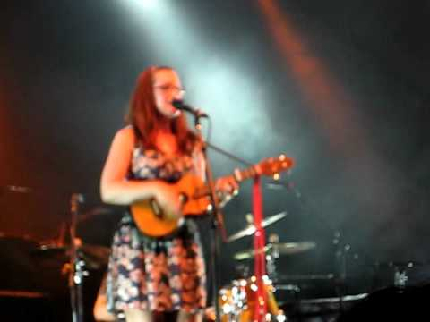 Ingrid Michelson - Performing In Oakland (Opening For Keane)