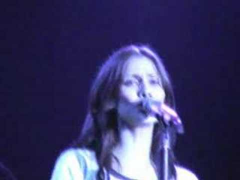 Natalie Imbruglia Smoke Live Saschall 2005 Youtube