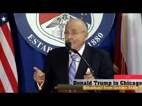 Rudy Giuliani Speaks to Polish Americans in Chicago
