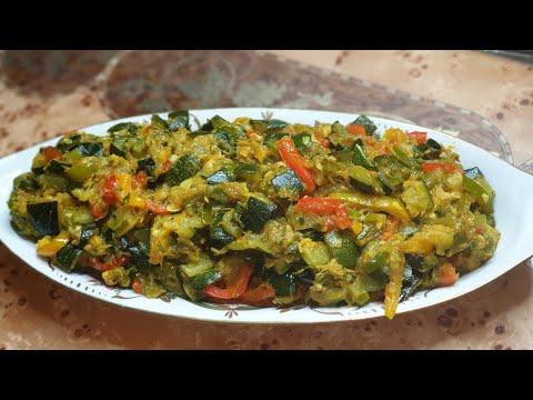 recette-de-ratatouille-aux-poivrons-et-courgettes-وصفة-لراتاتوي-مع-الفلفل-والكوسا