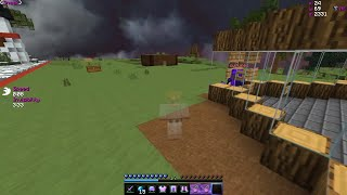 NOOB GETS BAITED BY FAKE CHEST (INVIS RAID) | Minecraft HCF