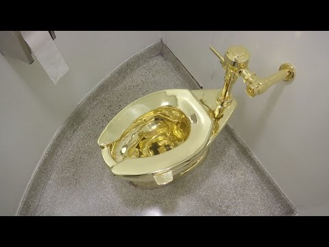 Museum Offers Used Gold Toilet to Trumps