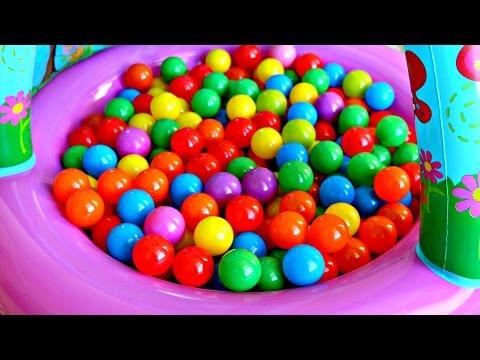 Bolas de Colores Con JUGUETES Para Niños  Color Balls Pool Mundo de Juguetes