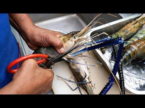 Тайская еда - Гигантская Креветка острое рагу Бангкок морепродукты Таиланд
