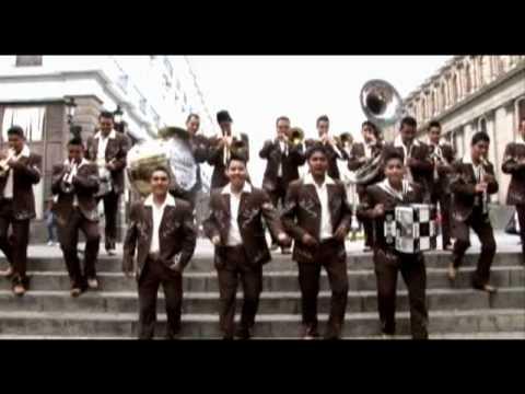 BESAME -  LA INOLVIDABLE BANDA AGUA DE LA LLAVE - VIDEO OFICIAL HD-