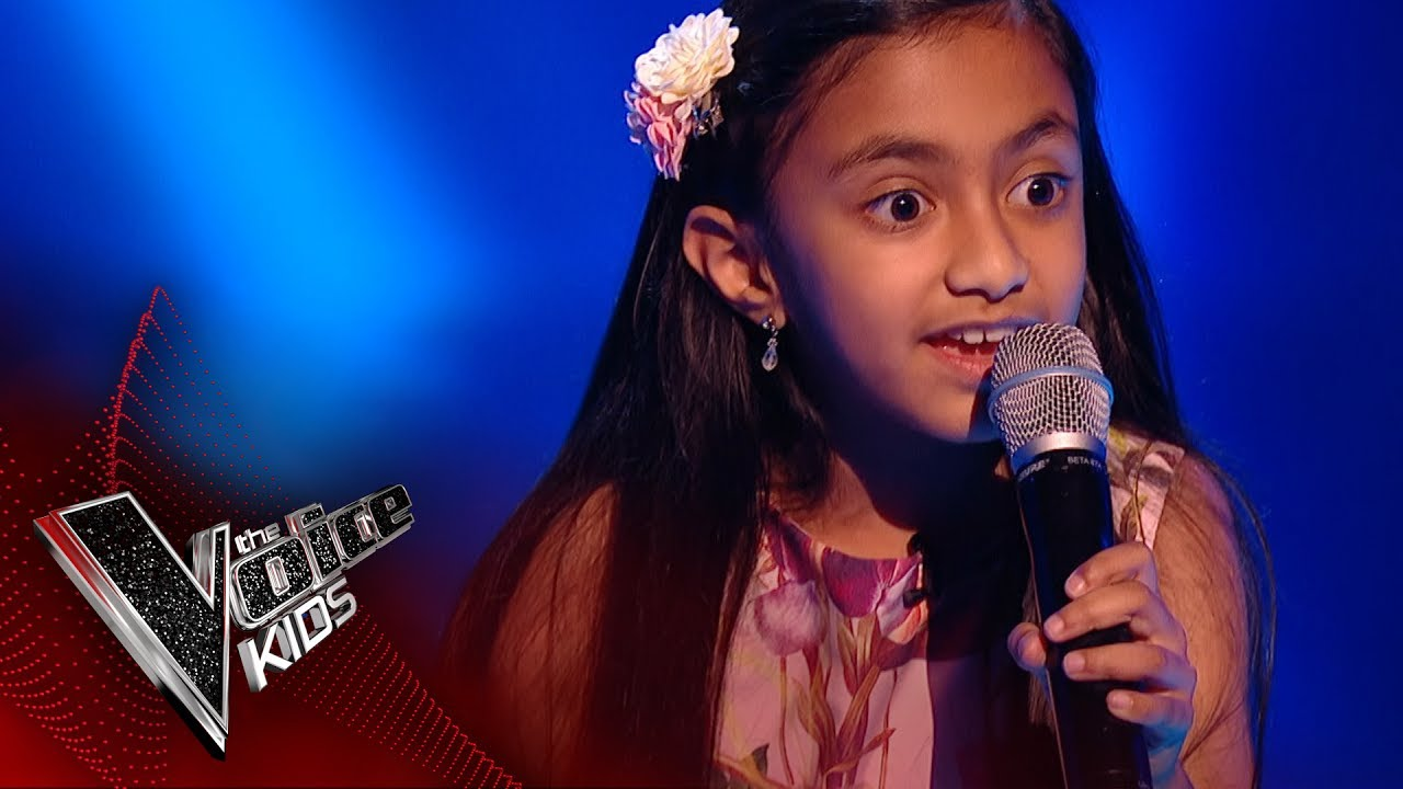 leah performs part of your world 39 blinds 1 the voice kids uk 2017 youtube. Black Bedroom Furniture Sets. Home Design Ideas