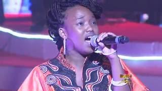 Prestation de Aicha Koné Sen Petit Gallé 2016 Prime 7