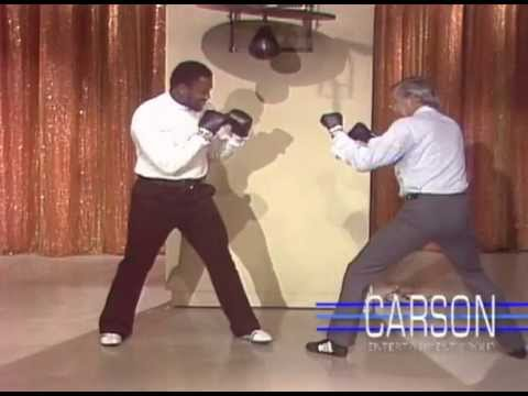 Boxer Joe Frazier Wants Johnny Carson to Hit Him in the Face, Tonight Show