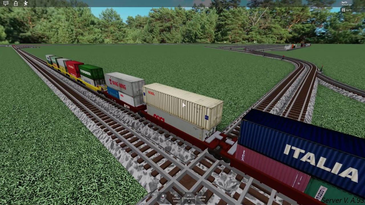 Download Head on train crash! (roblox)