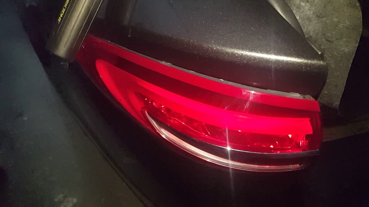 How To Remove The Tail Light On A 2017 Ford Fusion Mondeo